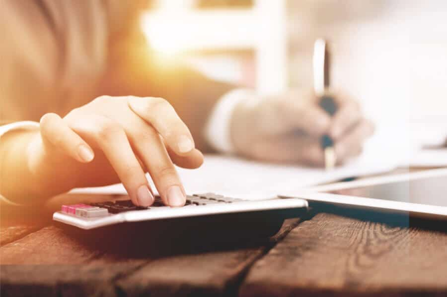 How much should you pay a content writer?